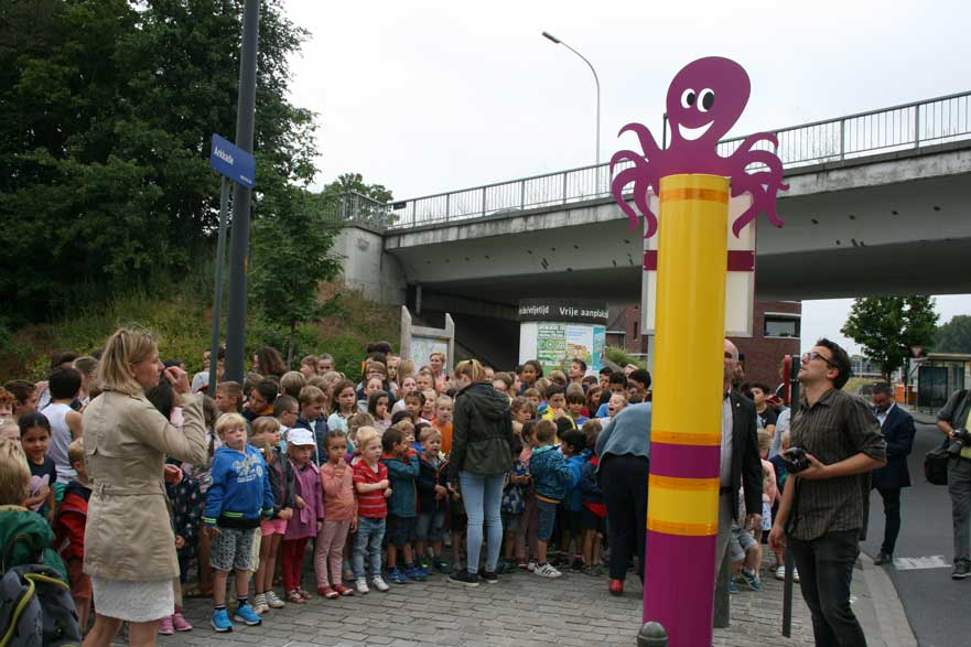 Eerste octopuspaal in Mechelen - De Ark, Battel